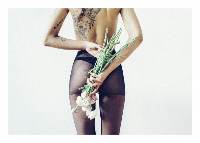 Flowers and Tights Plakat / Fotografia w Desenio AB (11195)